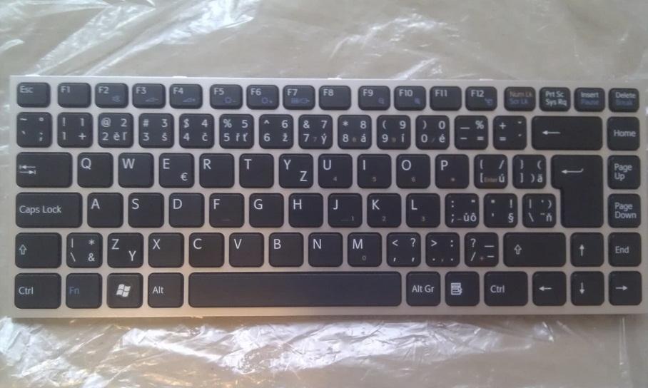 CZ/SK ( česká /slovenská ) klávesnice Sony Vaio VPCY VPC-Y