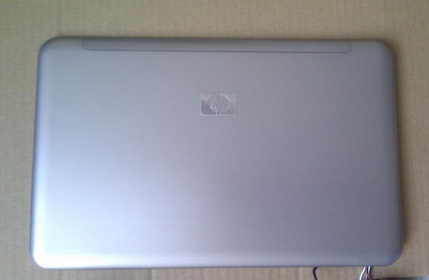 HP Mini-Note 2133 - zadní kryt LCD + reproduktory